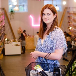Bonnie Wright shopping at Package Free