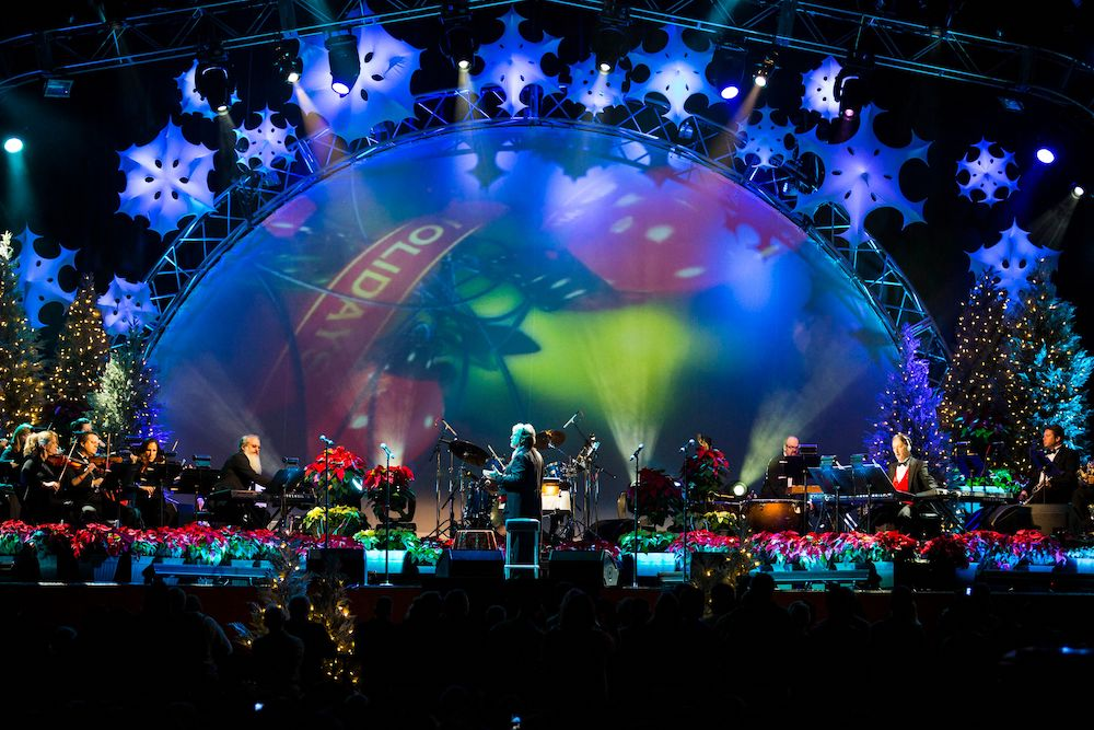 Mannheim Steamroller are well known for their neoclassical take of Christmas music.