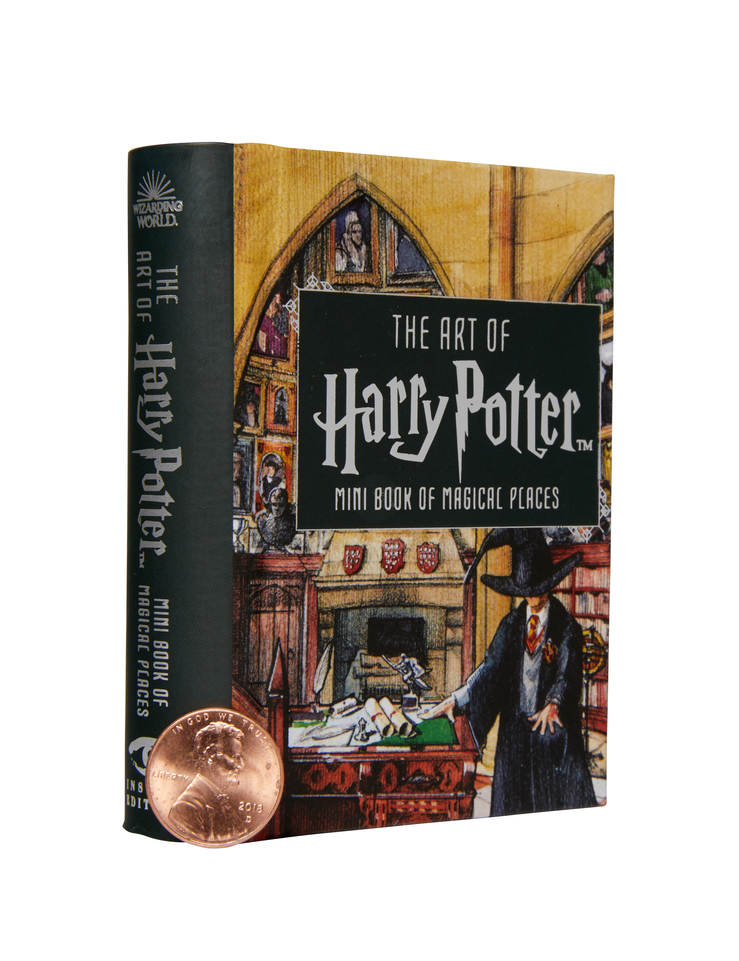 """This mini book features the most magical places in the """"Harry Potter"""" universe."""