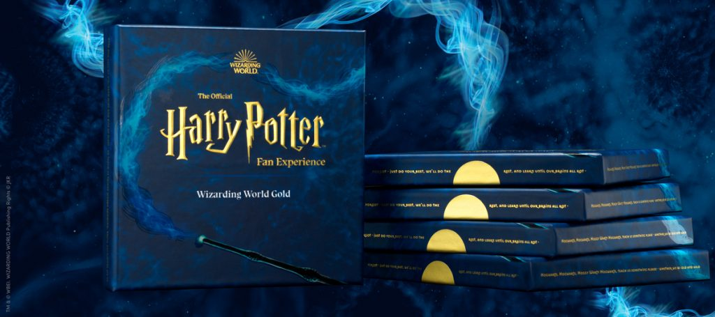 The Wizarding World Gold gift comes in a pretty gift box!