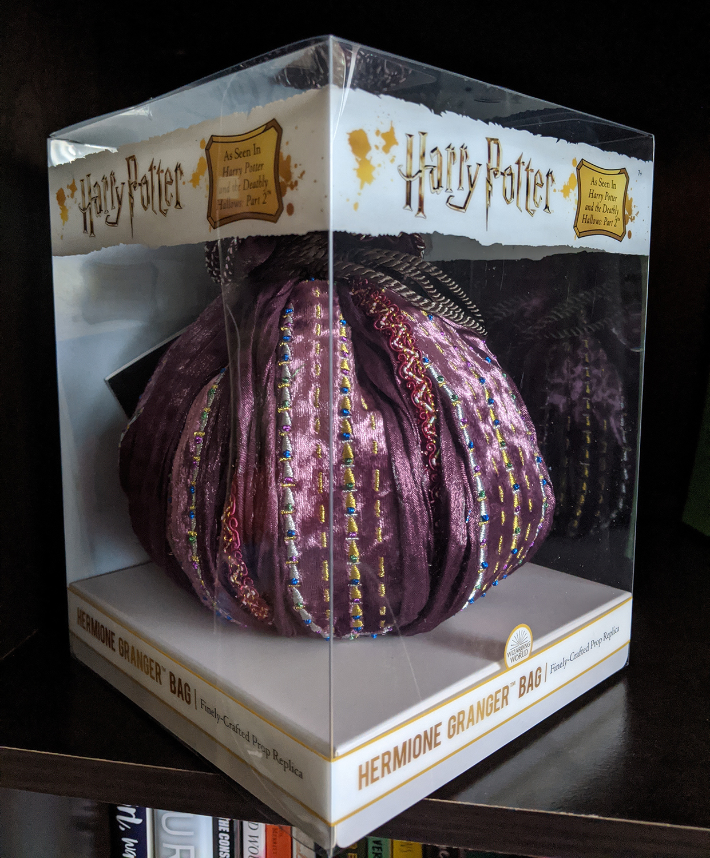 Hermione's bag packaging, diagonal view