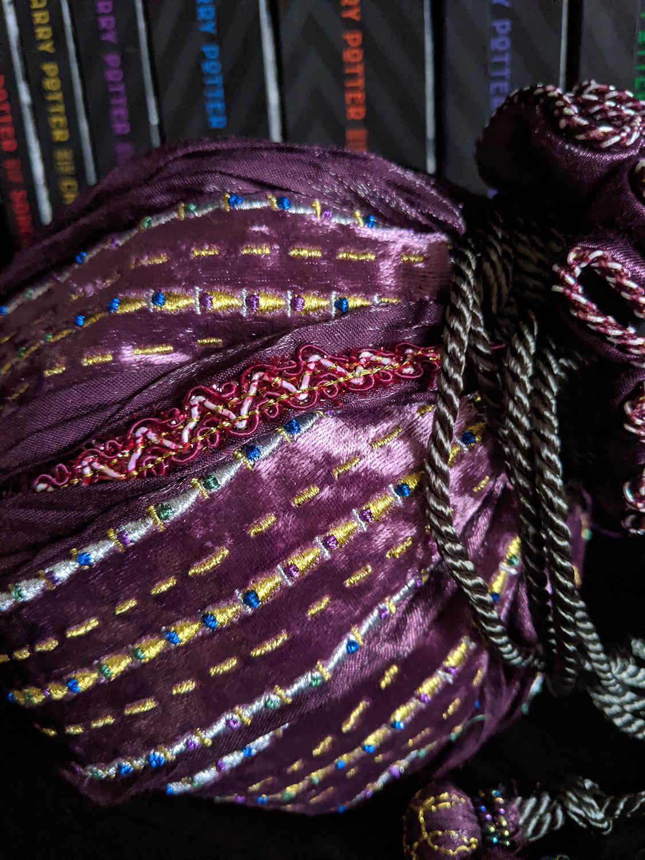 Hermione's bag, ribbon detail