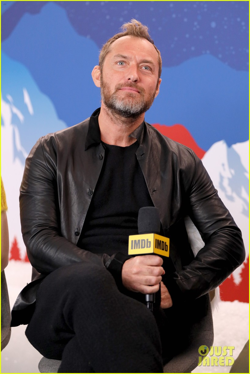 Jude Law carefully considers his answer to a question from Kevin Smith at the Sundance Film Festival.