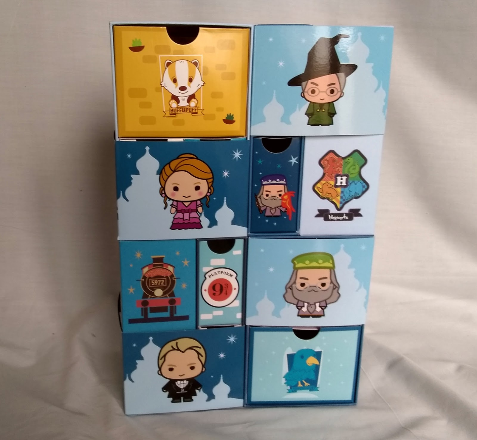 YuMe Toys Infinity Box – Hufflepuff, Dumbledore, Draco, Hermione