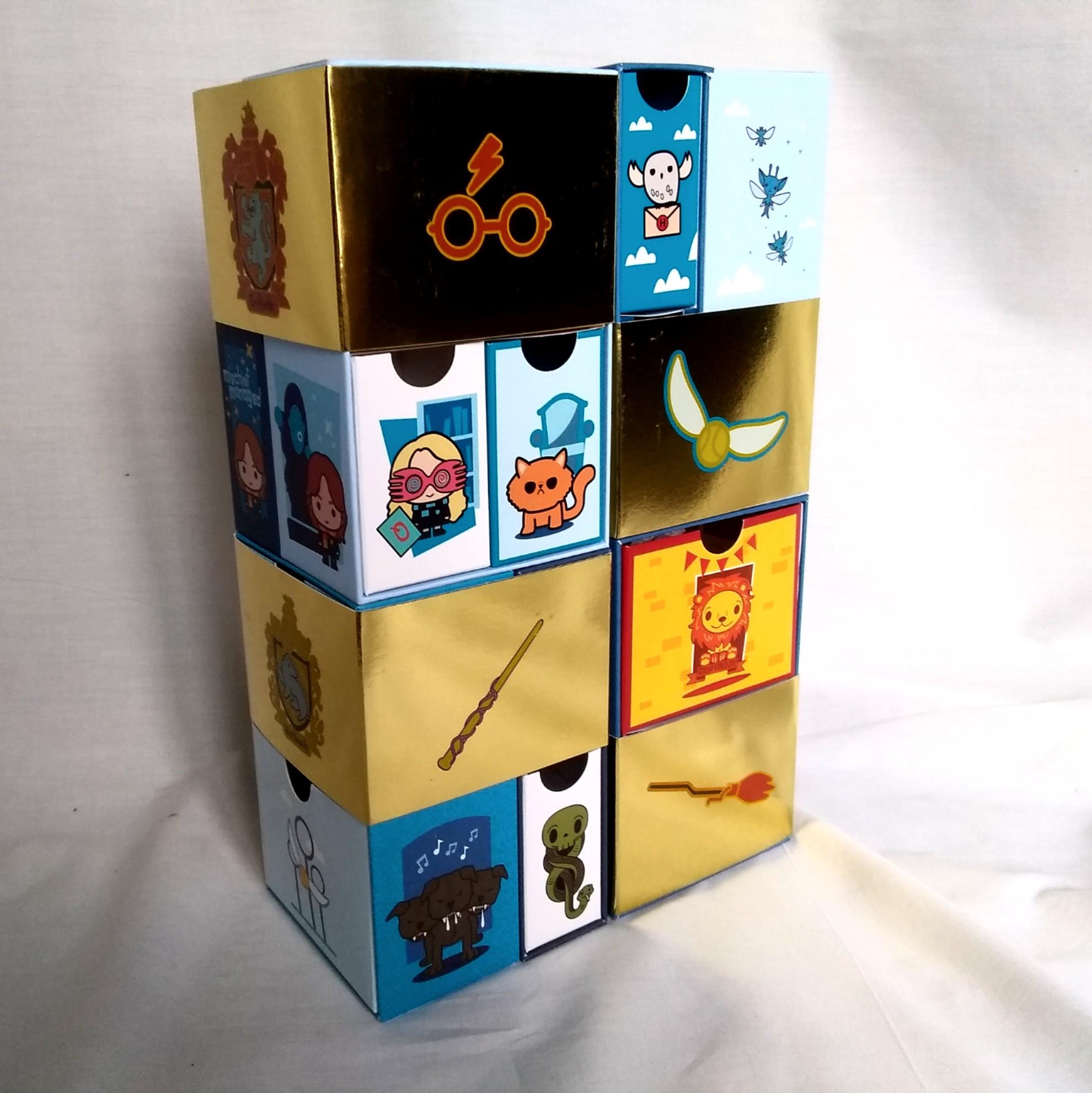 YuMe Toys Infinity Box – Luna, Crookshanks, Fluffy, the Dark Mark