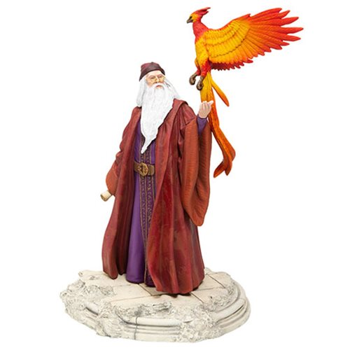 Enesco's new Albus Dumbledore statue features the Hogwarts headmaster and Fawkes.