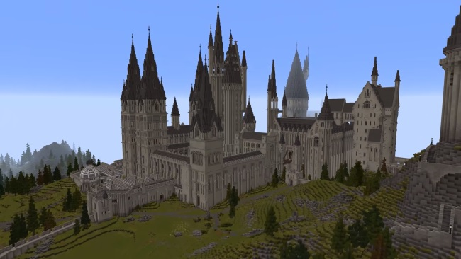 """Hogwarts is seen in a screenshot from the Floo Network's """"Minecraft School of Witchcraft and Wizardry"""" mod."""