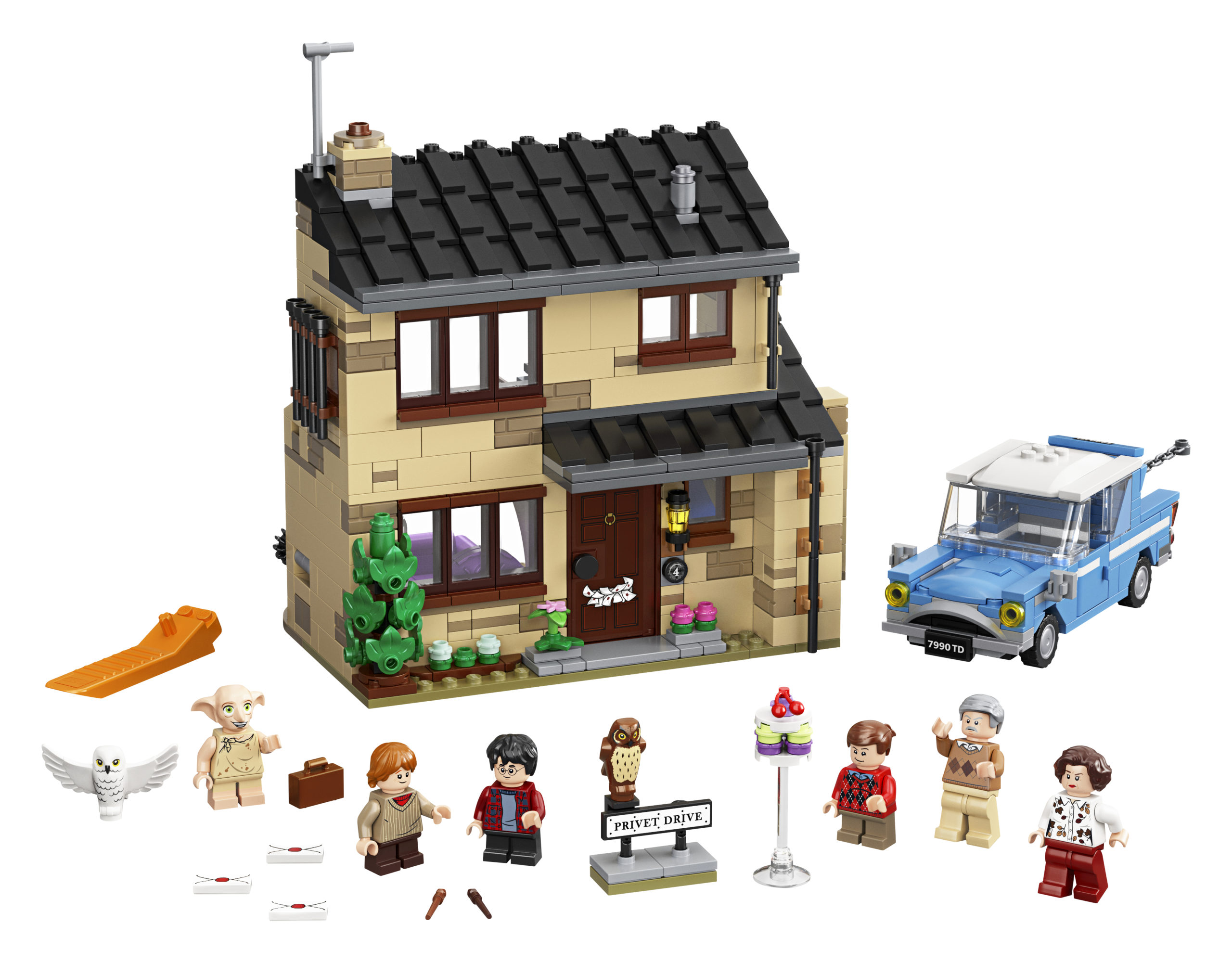4 Privet Drive includes the Dursleys' house and the Flying Ford Anglia. You can even make Dobby drop a cake on one of the minifigures!