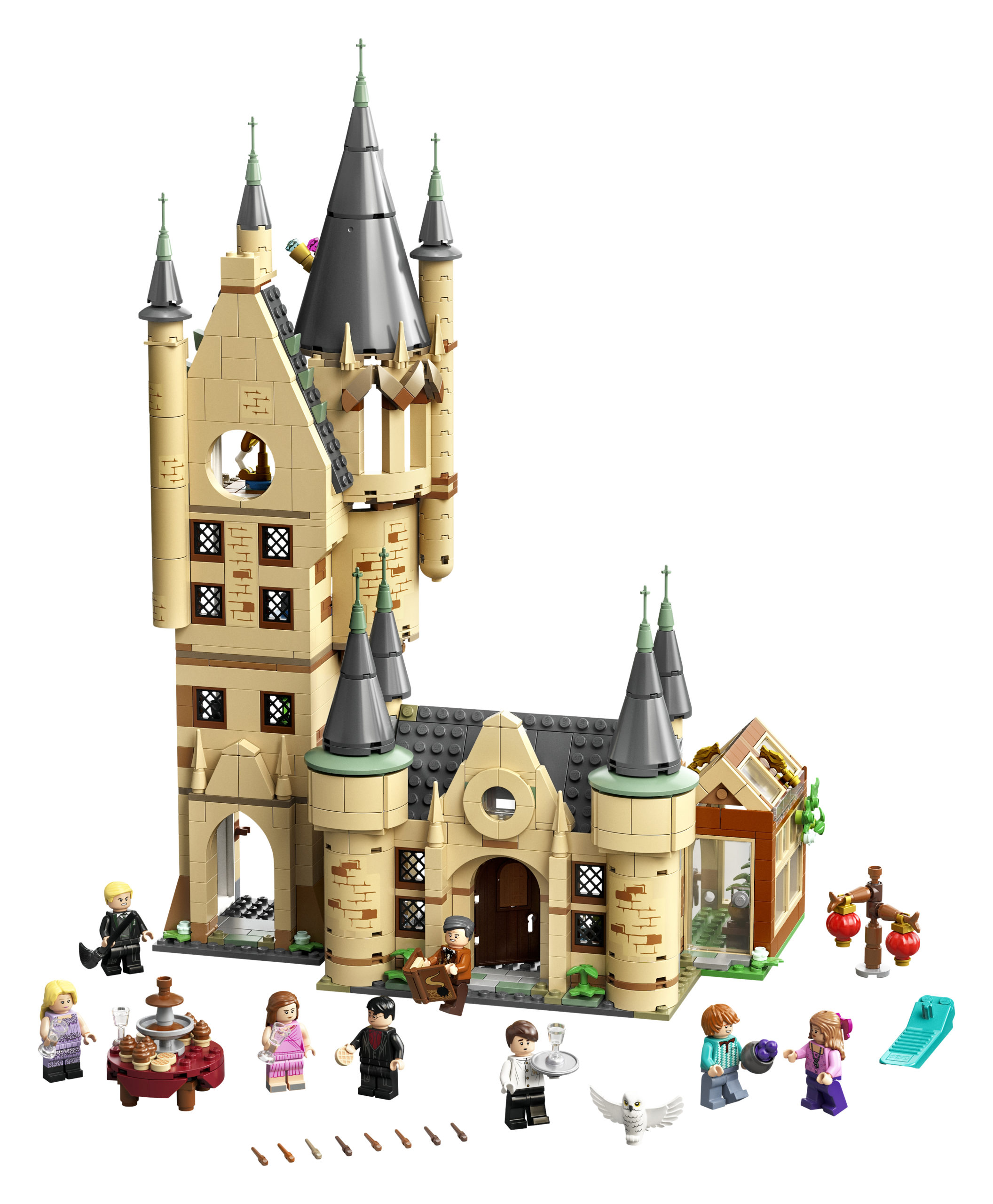 The Astronomy Tower set comes with several minifigures and accessories.