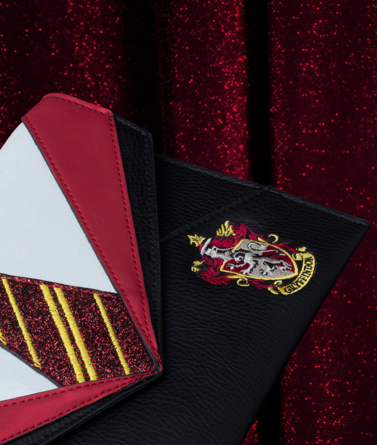 The Danielle Nicole Gryffindor Uniform Clutch is for the courageous and determined.