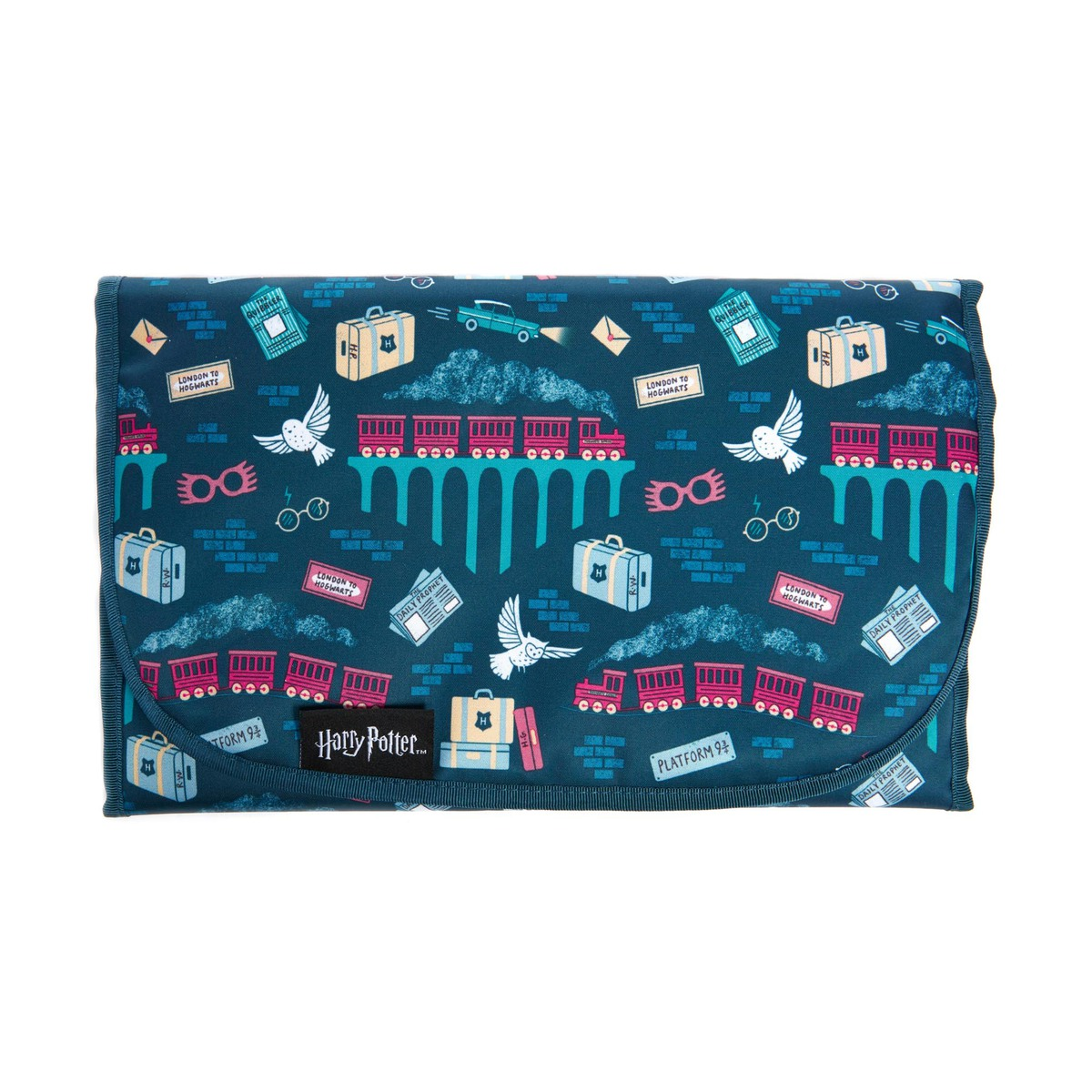 The Platform 9 3/4 pattern features trains, trunks, and snowy owls.