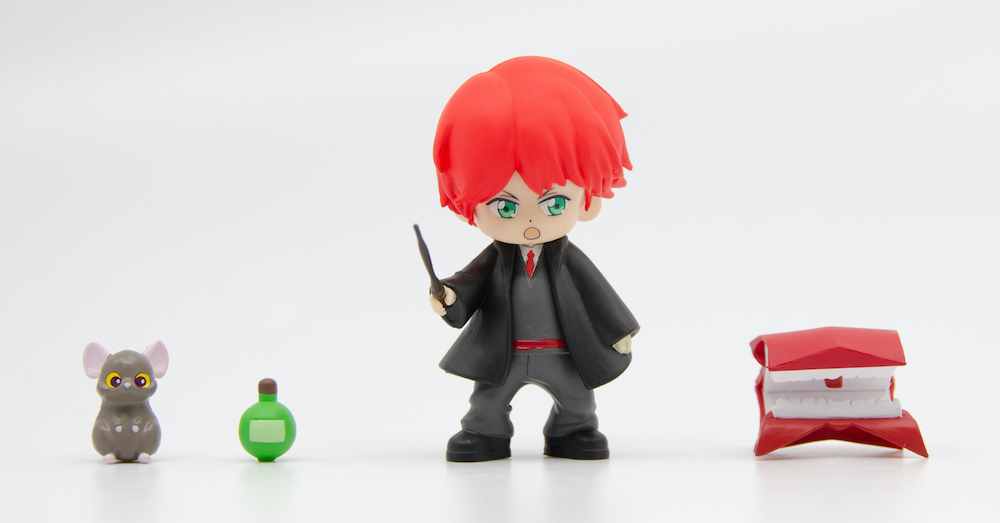 A Howler is another magical item that is included with Ron's character figure.