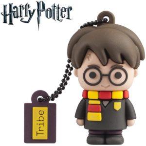 A USB stick and key chain shaped like Harry.