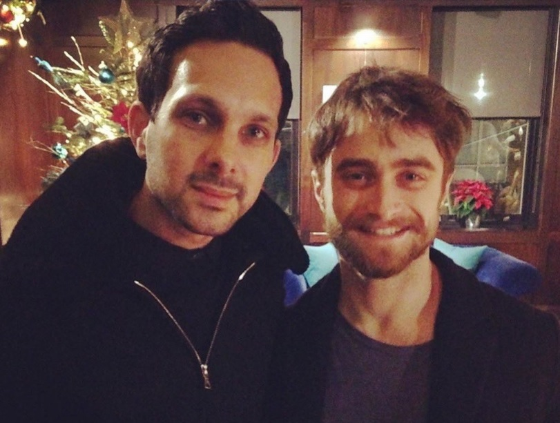 Daniel Radcliffe poses for a photo with Dynamo.
