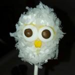 Hedwig cake pop