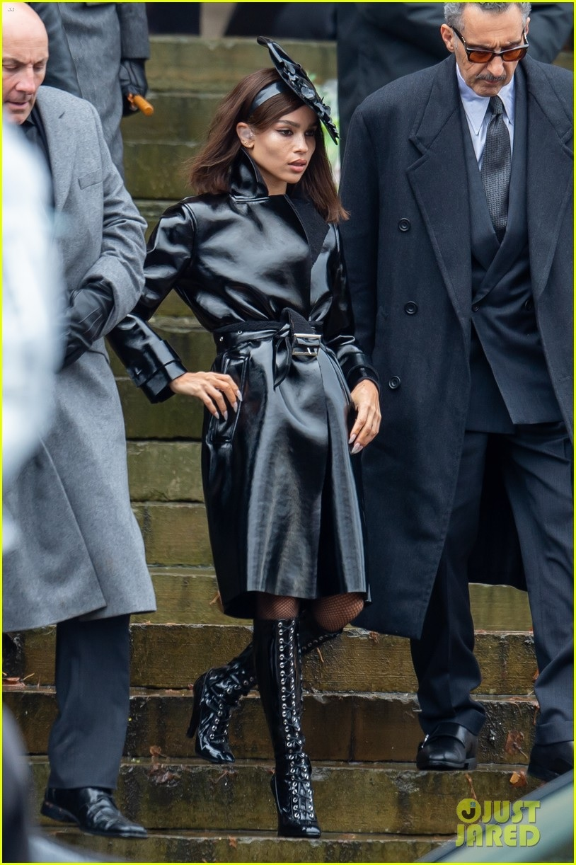 """Zoë Kravitz shows off her Selina Kyle fashion during filming for """"The Batman""""."""
