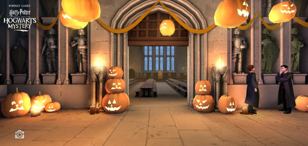 Jack-o'-lanterns decorate the corridor outside the Great Hall.