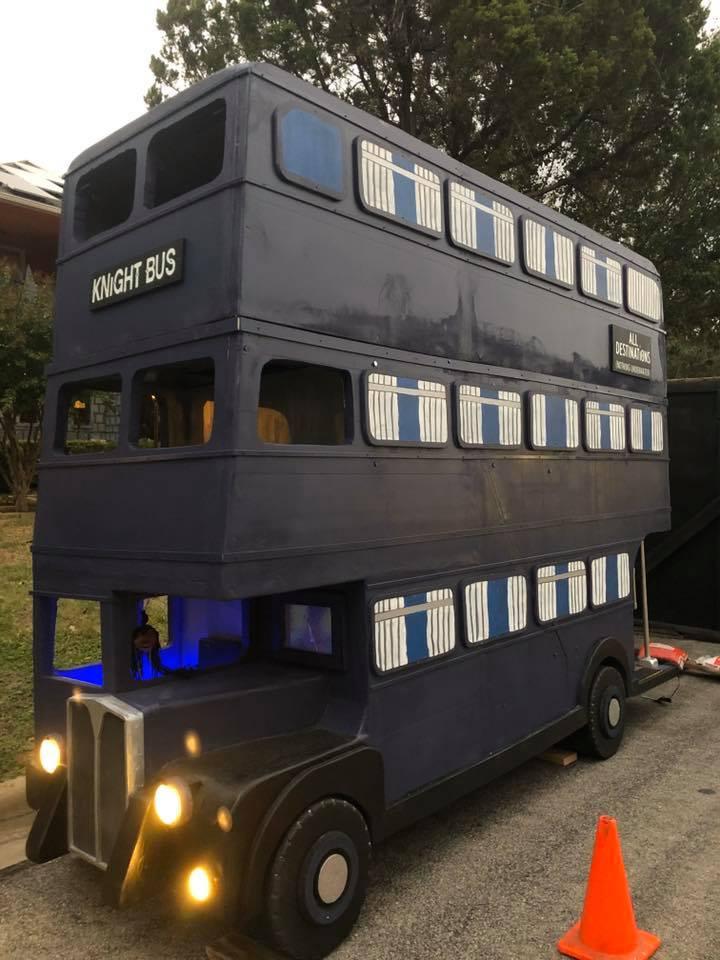 Knight Bus display