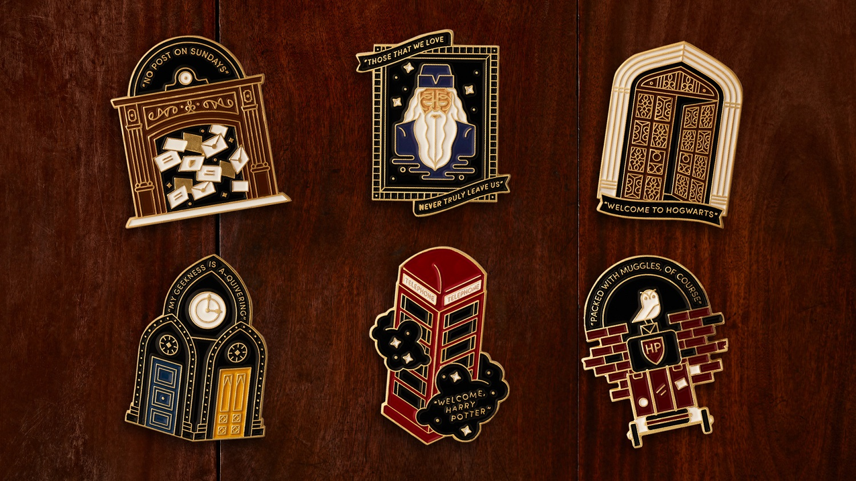 Harry Potter Fan Club Gold souvenir location pins, six