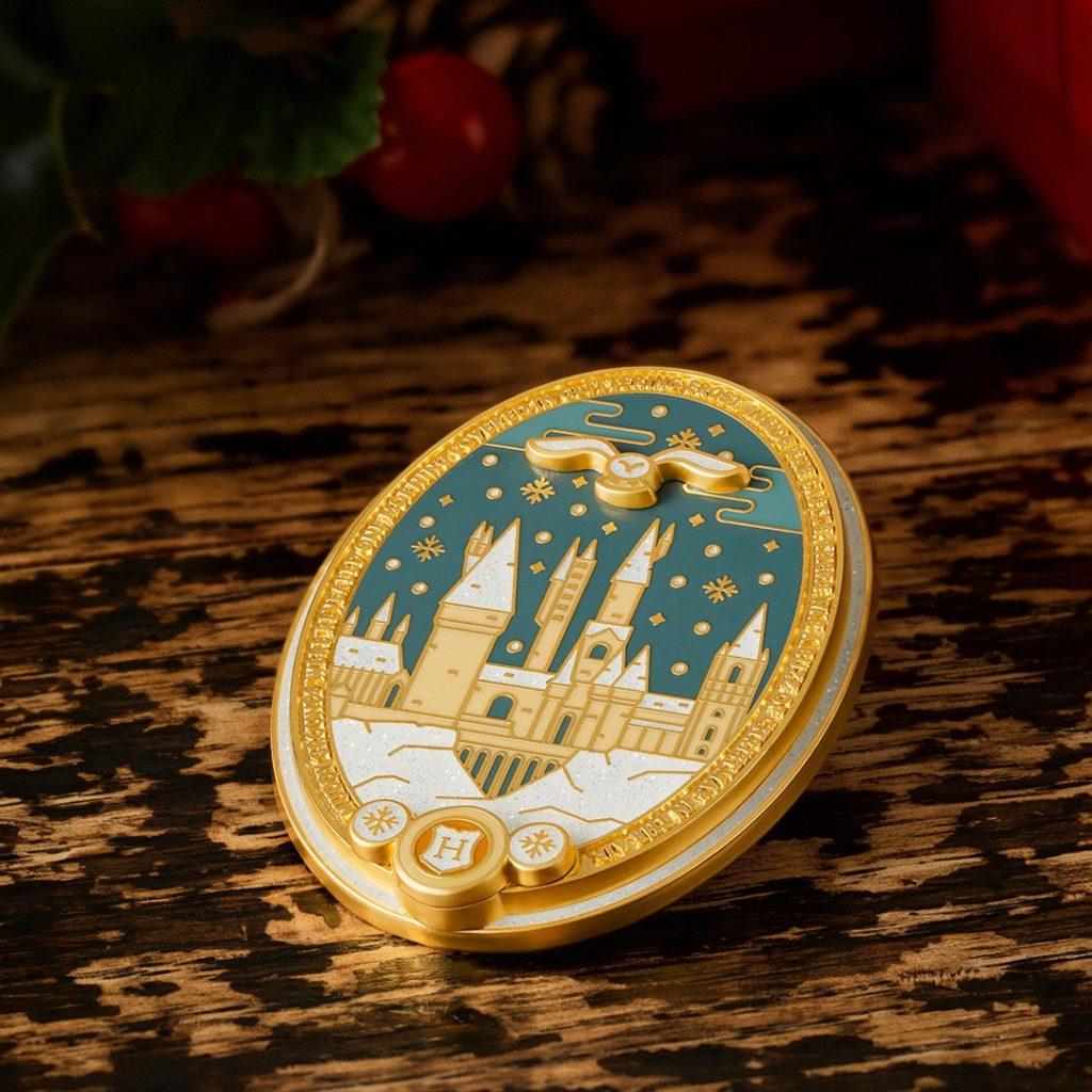 WWD Christmas at Hogwarts Pin