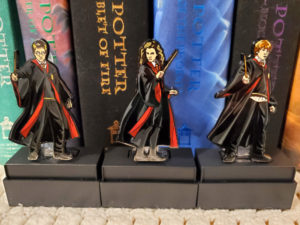 FiGPiN Harry Hermione Ron out of clear case