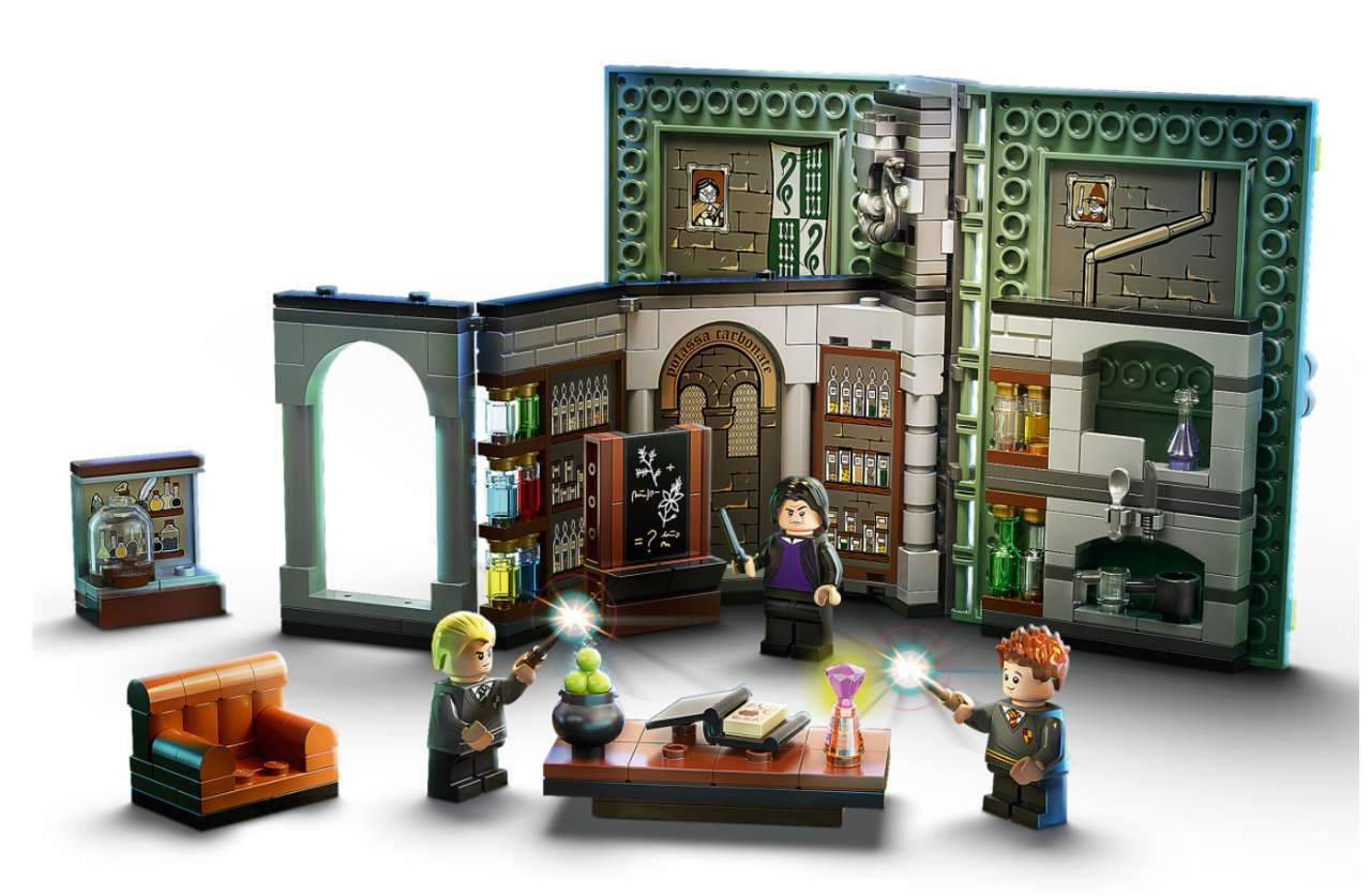 A completed version of LEGO's Potions class