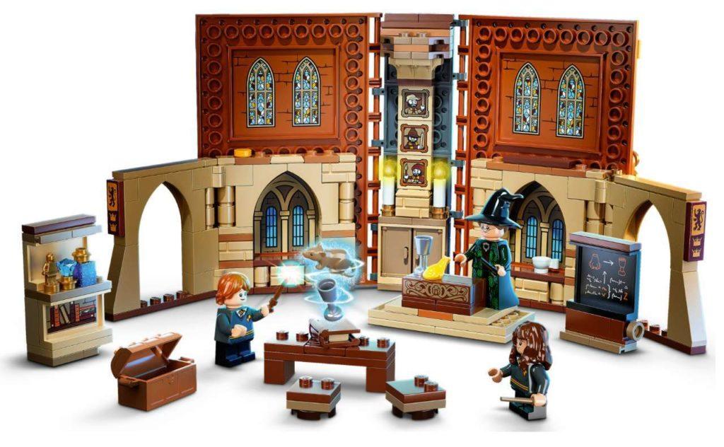 Completed LEGO Transfiguration Classroom