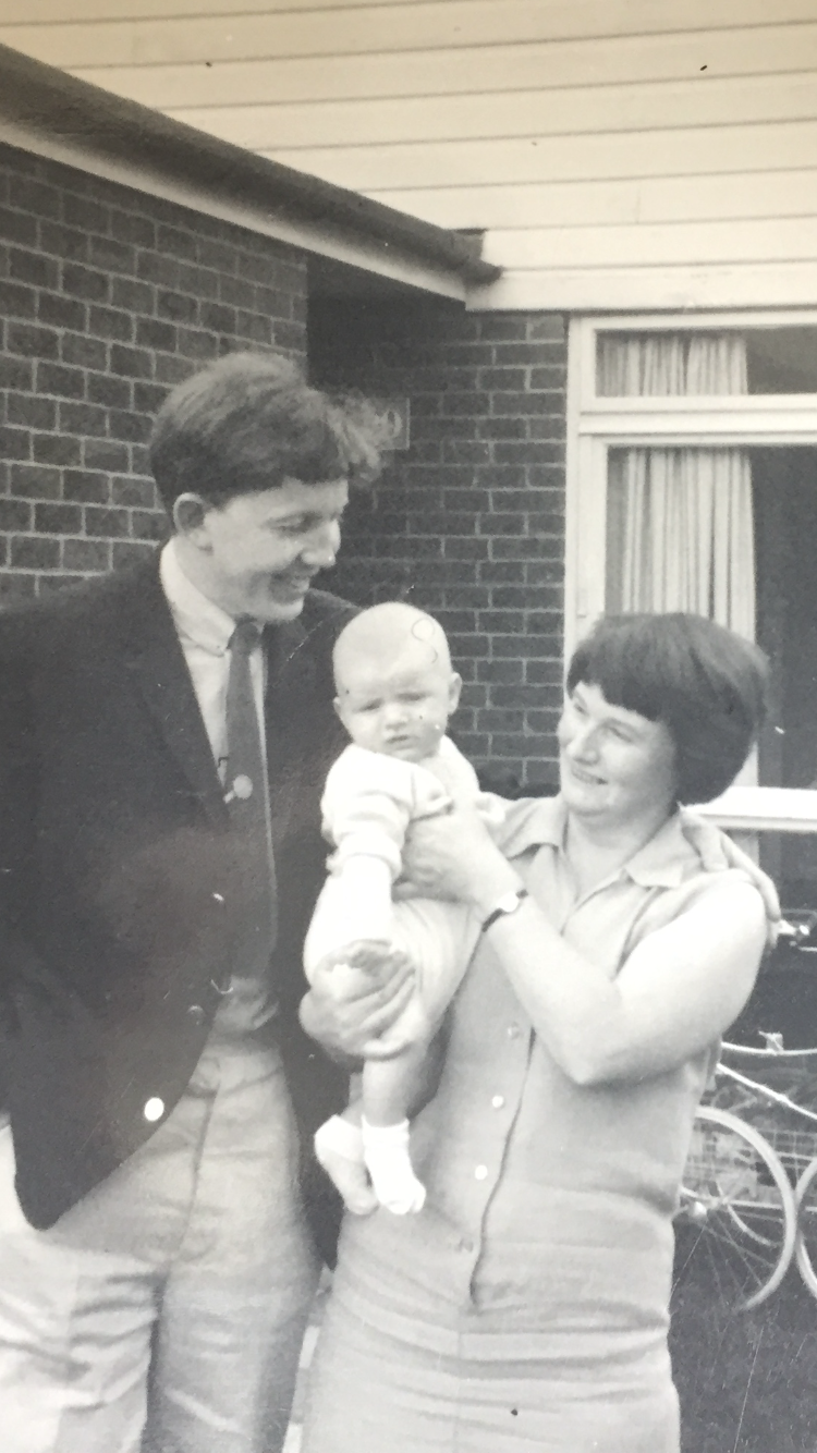 Angela Ravenhill is pictured with her husband Ted and son Mark