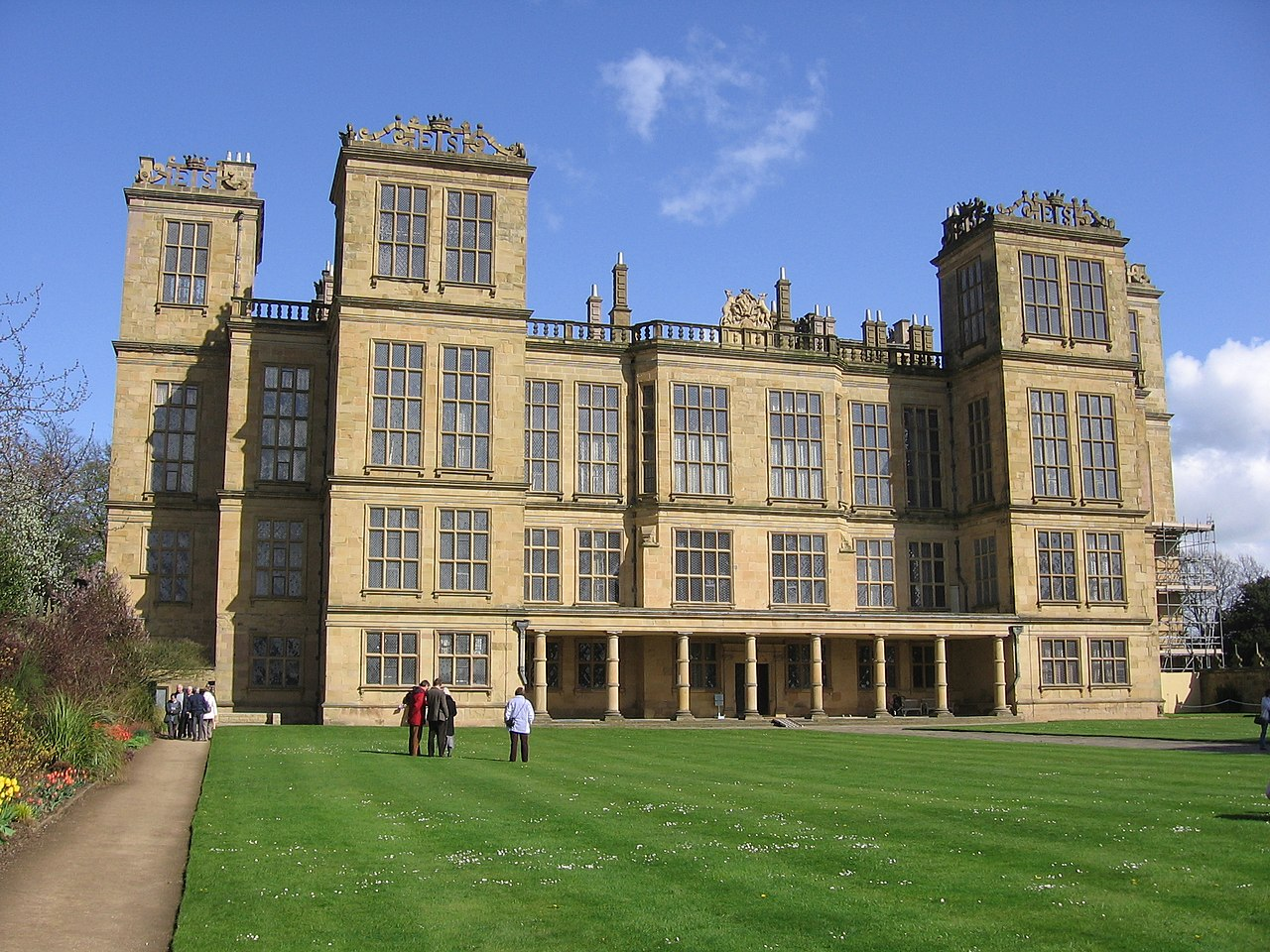 """Hardwick Hall was used for the exterior shots of Malfoy Manor in """"Harry Potter and the Deathly Hallows - Part 1."""""""