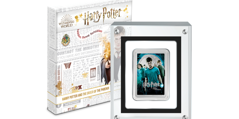 """New Zealand Mint releases new """"Harry Potter"""" movie poster coin."""