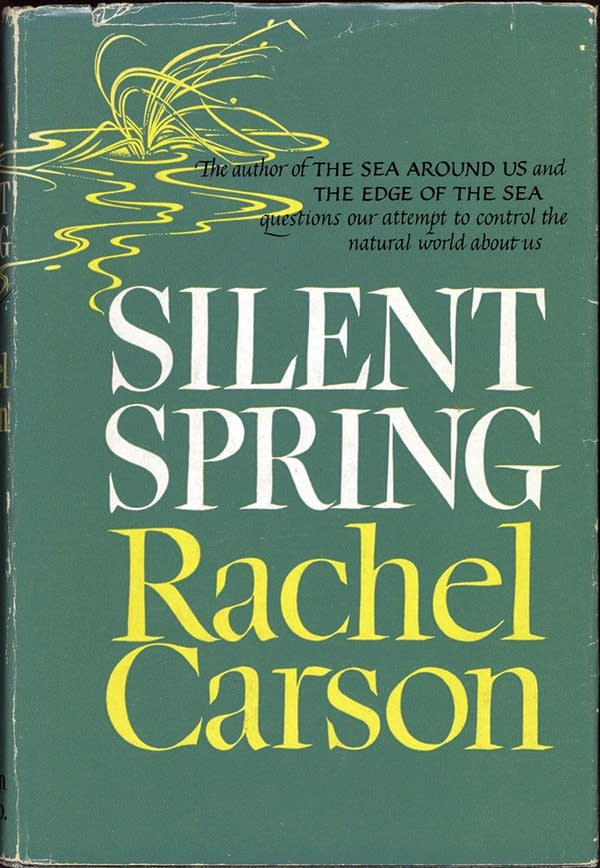 Book cover of'Silent Spring' by Rachel Carson