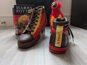 H. Potter print of the Harry Potter Quidditch shoes