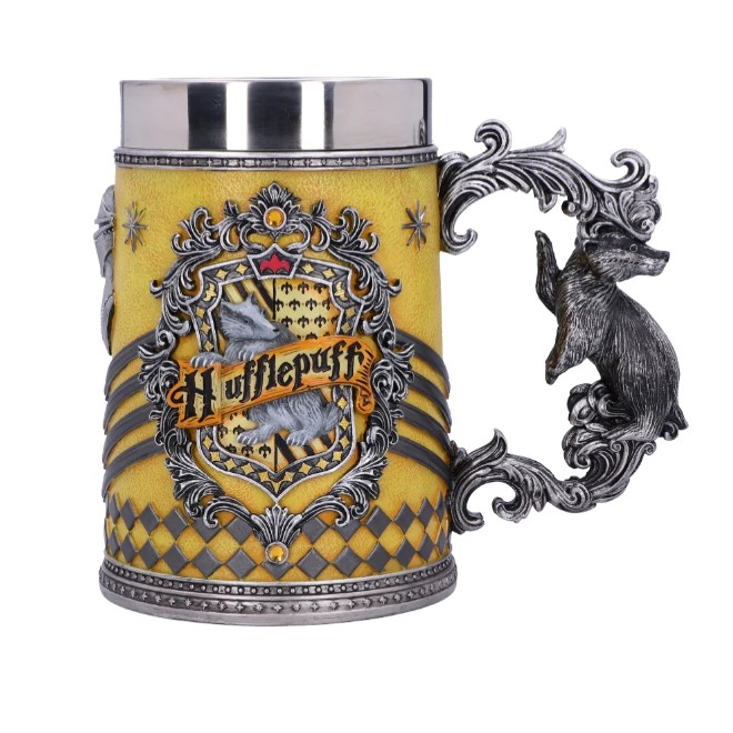 House-themed tankards have their respective House animals as their handles.