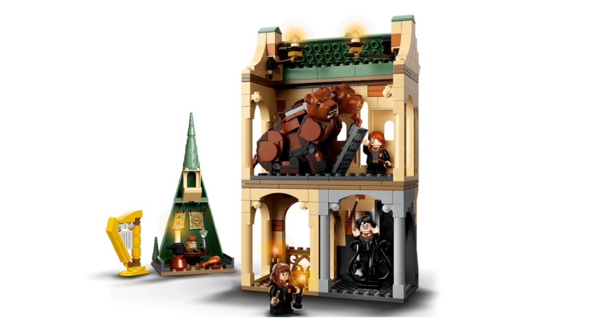 LEGO's 20th Anniversary set Fluffy Encounter.