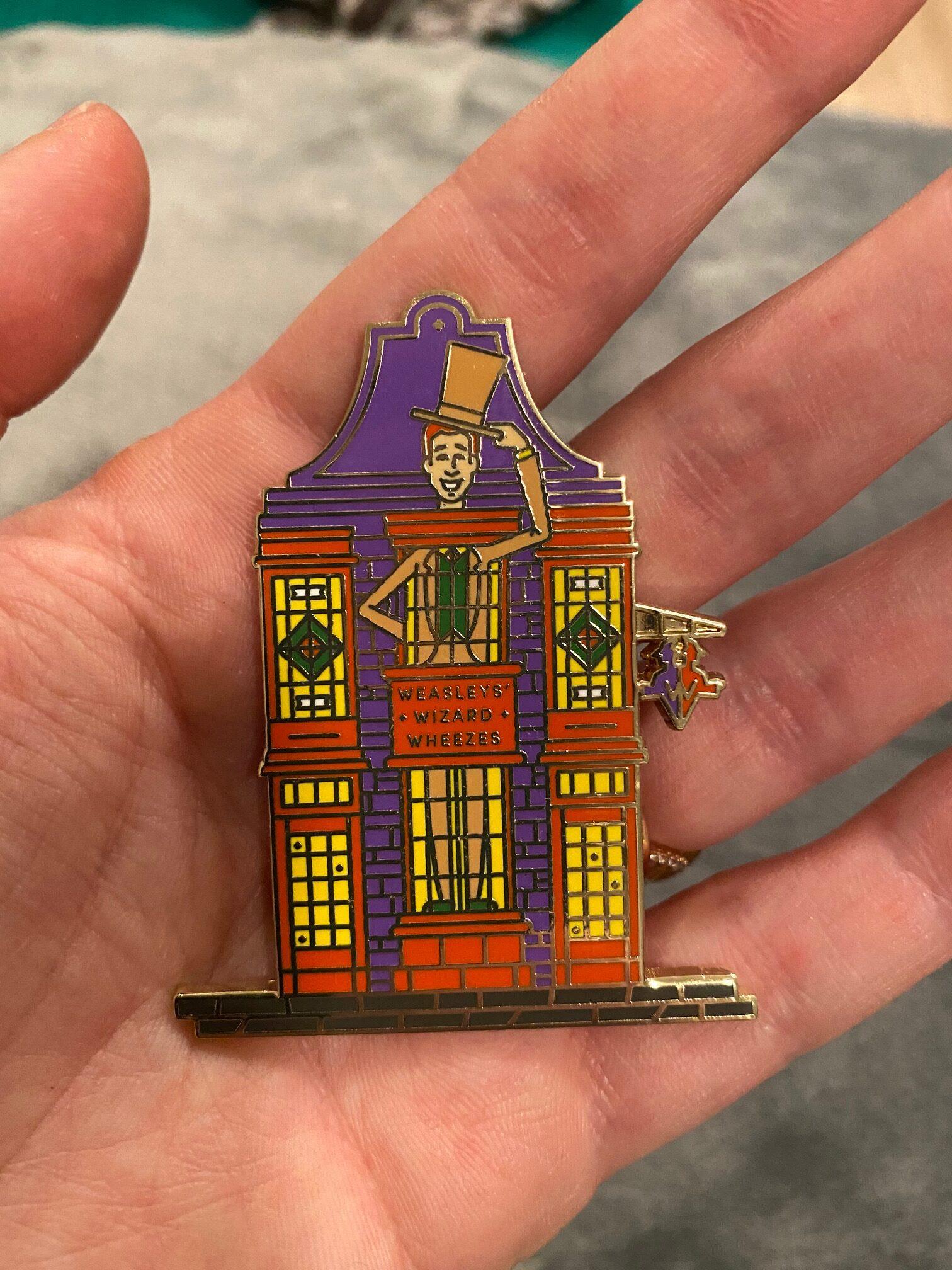 Weasleys' Wizard Wheezes Pin