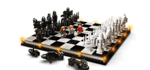 LEGO's Wizard's Chess set.
