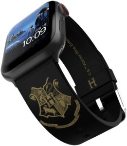 The Harry Potter – Hogwarts Gold Smartwatch Band is pictured as sold on Amazon.