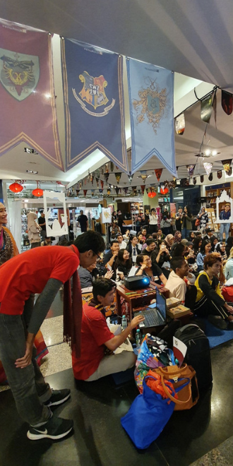 """Indonesian Potterheads have a blast at the """"Harry Potter"""" Book Night"""
