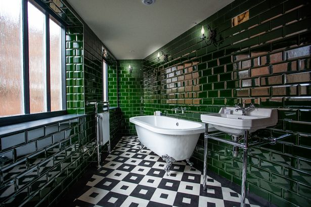 Bathroom in Hallow and Crux