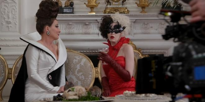 "Emma Thompson and Emma Stone filming ""Cruella"""