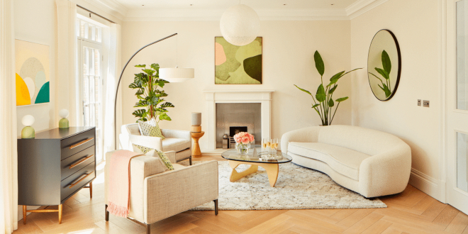 Formal lounge area