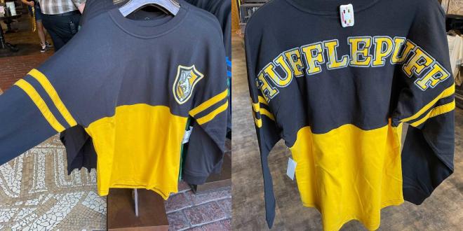 Hufflepuff shirt at Universal Orlando Resort