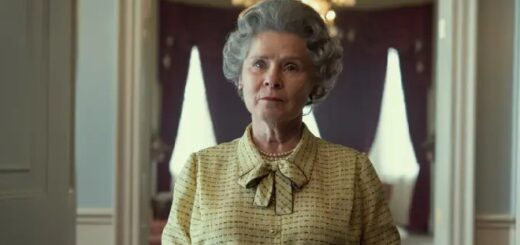 The first picture of Imelda Staunton as Queen Elizabeth II.
