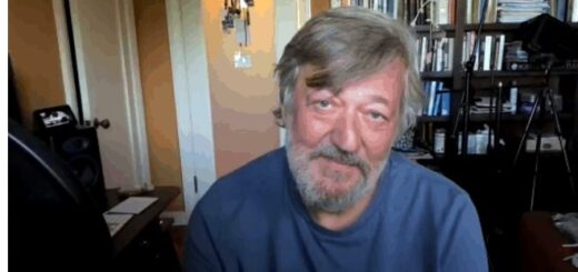 Stephen Fry interview image
