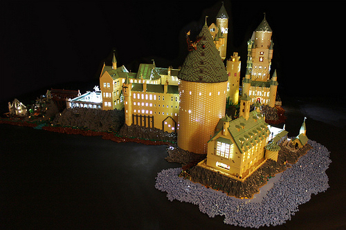 Alice Finch's LEGO Hogwarts Castle