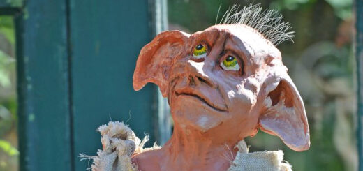 Cake stand Dobby created by Terry Hartill